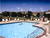 Meridian Pointe Outdoor Pool