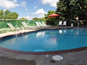 Southampton Apartments Outdoor Pool