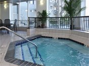 Stonehill Apartments Whirlpool