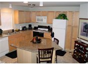 Louisiana Oaks Apartments Kitchen