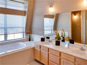 Heritage Landing Townhomes Model Bathroom