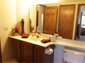 Oak Pointe Apartment Residences Model Bathroom