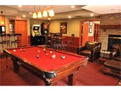 808 Berry Place Apartments Billiard Room