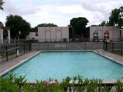 Windrush Apartments Swimming Pool