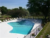 Riverview Apartments Outdoor Pool