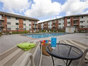 Parkwood Pointe Apartments Outdoor Swimming Pool